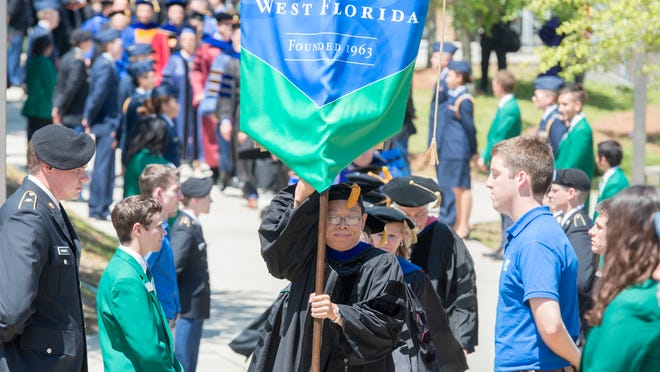 UWF President Saunders' contract extended through 2021 calendar year