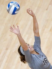 UTEP setter Lindsey Larson back sets during the Miners'