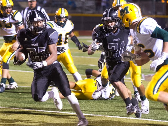 Josiah Fielder and the Oñate Knights face Las Cruces High Friday night at the Field of Dreams.