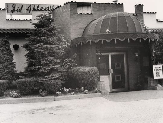 SID ALLEN'S RESTAURANT IN ENGLEWOOD CLIFFS