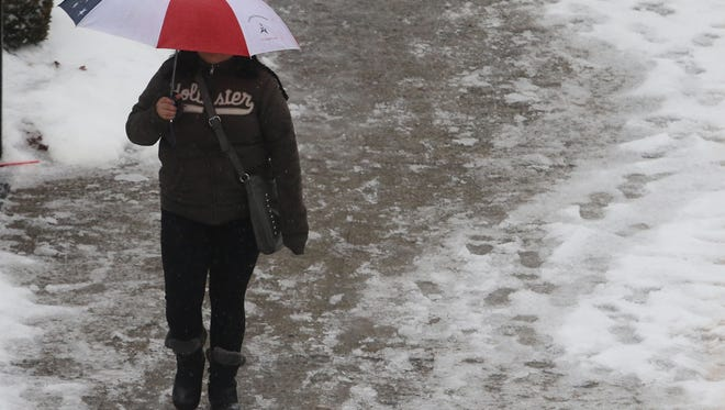A mix of rain and snow is expected to fall Friday, potentially blanketing western Passaic County with up to 6 inches of snow. The rest of the area should see between 2 to 3 inches of rain.