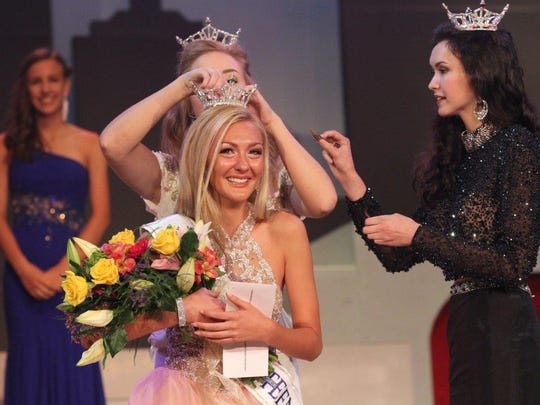 Madison Heichel of Lexington is crowned Miss Ohio's Outstanding Teen at the Renaissance Theatre in June 2016.