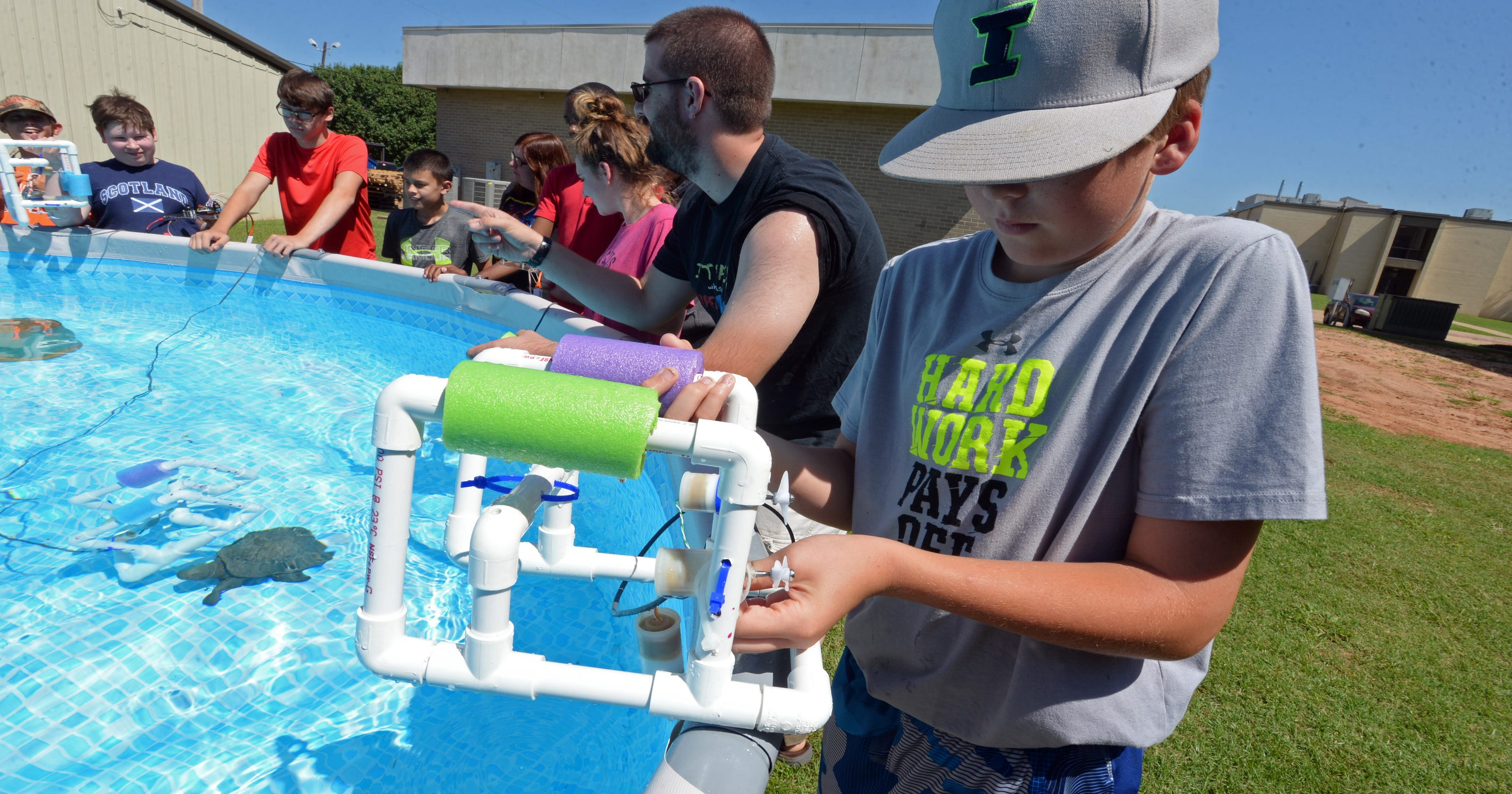 Bossier Middle School Students Plunge Into Underwater Robotics