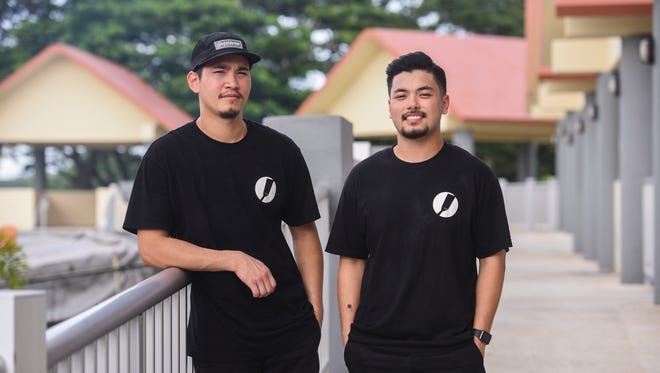 Stax Sliders co-owners Justin Mendiola, left, and Jose De Asis at Chamorro Village on June 28, 2017.