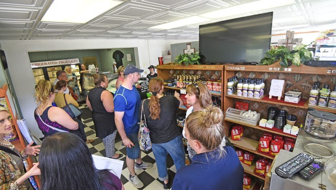 The Keto Zone was full Thursday morning for their grand opening and ribbon cutting ceremony. They offer low-carb meals prepared to go that are ketogenic, diabetic and Atkins diet friendly.
