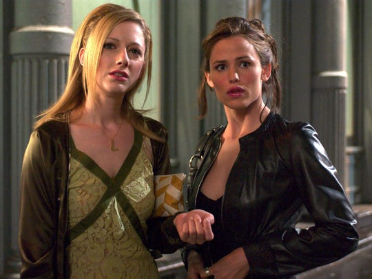 Judy Greer (left) and Jennifer play best friends in