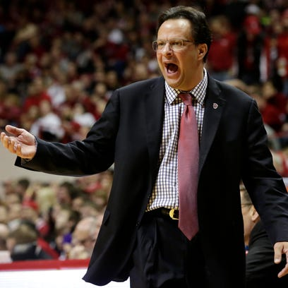 Indiana coach Tom Crean yells to his players during