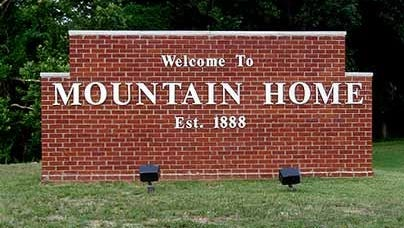 Mountain Home welcome sign.