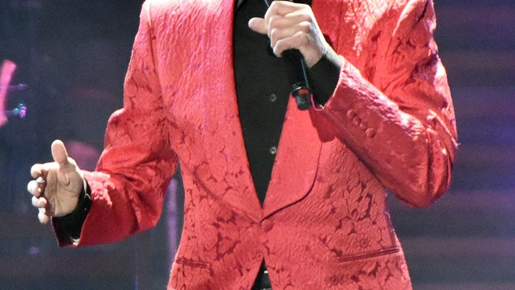 Barry Manilow In Concert - Chicago, Illinios