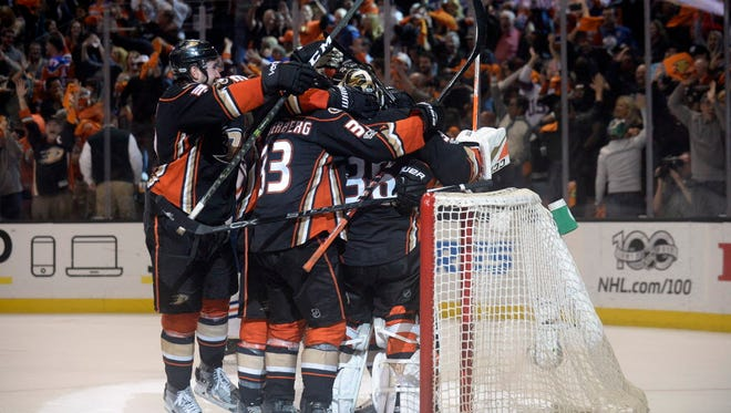 naheim Ducks left wing Nick Ritchie (37) and the Ducks celebrate the 2-1 victory and series win against the Edmonton Oilers following Game 7.