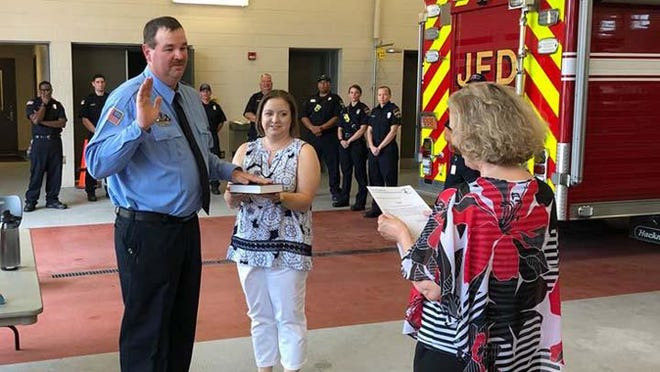 Jacksonville Fire & Emergency Services Assistant Fire Marshal Michael Jordan was recently promoted to the rank of lieutenant. Lt. Jordan will continue to serve at the rank of Assistant Fire Marshal but has been awarded a new rank. He is responsible for all new construction and new business openings within the city with regards to fire prevention. He is also a member of the Fire Investigation Unit and the Technical Rescue Team.