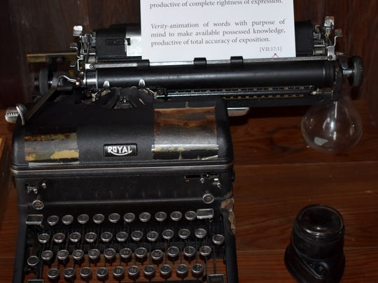 A vintage typewriter in the Laura Riding Jackson home.