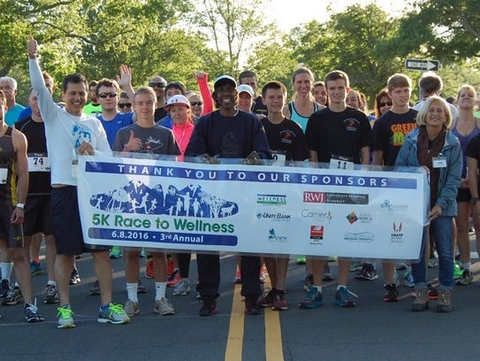 Participants in the 2016 5K Race to Wellness at Skillman