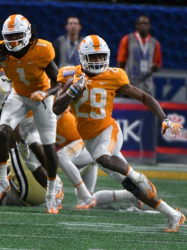 Tennessee defensive back Evan Berry (29) during first