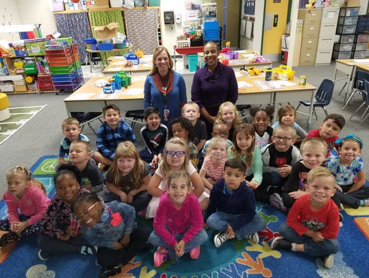 636449822995988461-Shelley-Holt-with-students-at-Graham-Elementary.jpg