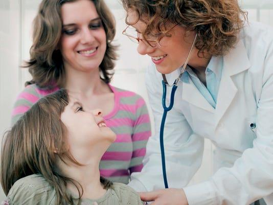 IMG_female-doc-kid-mom.j_1_1_9K3NQHDL.jpg_20130402.jpg