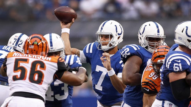 Indianapolis Colts quarterback Stephen Morris (7) drops back to pass in the first half of their preseason football game Thursday, August 31, 2017.