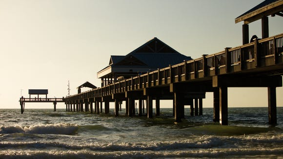 Florida Beach Clearwater Beach - Pier 60 (night) (1)