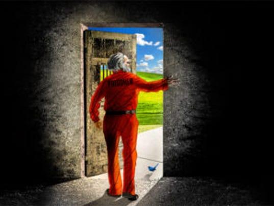 636302038509999181-News1-MAIN-Parol-Leaving-Jail-336x224.jpg