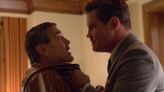 Baird Whitlock (George Clooney) is set straight by Eddie Mannix (Josh Brolin) in 'Hail, Caesar!'