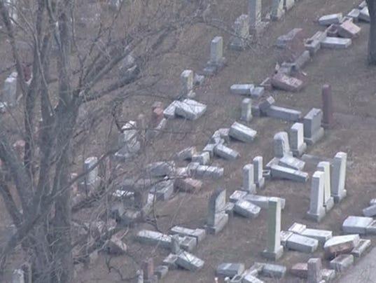 636232237813538524-jewish-cemetery.jpg