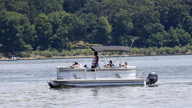 Boaters took advantage of the nice weather to get out on Pleasant Hill Lake on Monday.