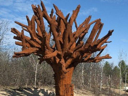 635652081771872850-AP-Meijer-Gardens-Sculpture-