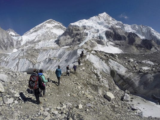 AP_Nepal_Everest_The_Bodies_