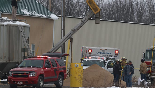A man died after falling into a hopper car filled with granular fertilizer in Lakeville, Livingston County.