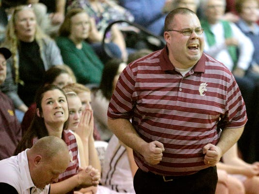 -3- coach Michael Dodgen cannon County.jpg_20140116.jpg