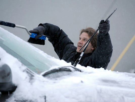 Frozen-Windshield-04.JPG