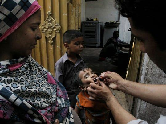 2014 212950047-Pakistan_Polio_ISL101_WEB020502.jpg_20140615.jpg
