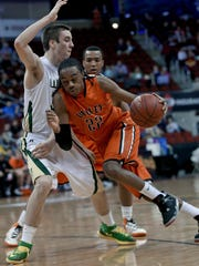 The return of Carlo Marble (22, right) for his senior season has helped Valley start 4-0.