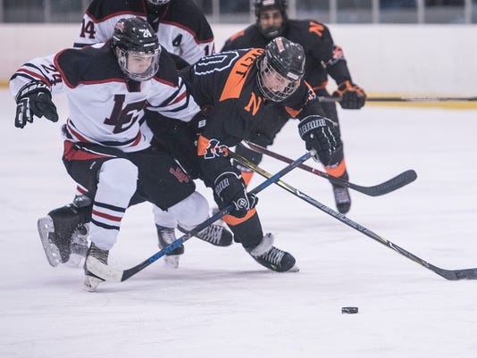636506126500264309-NVL-CHShockey-12.jpg