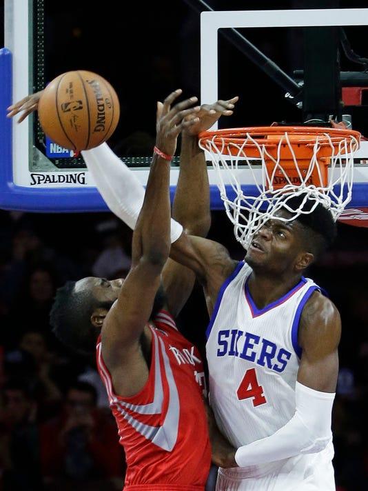 Rockets 76ers Basketb_Levi.jpg
