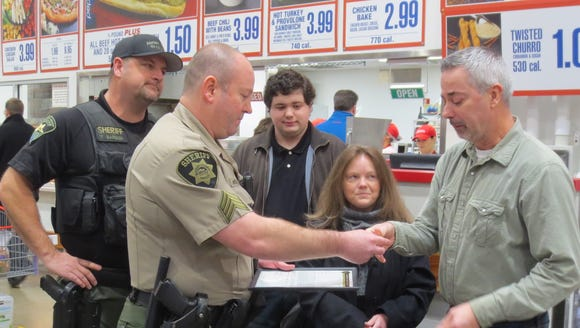 Marion County Sheriff's deputies honor John Borgman,
