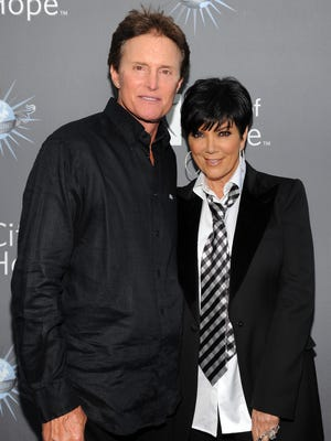 Bruce Jenner and Kris Jenner arrive for the City of Hope honoring Shelli And Irving Azoff with the 2011 Spirit of Life award at Universal Studios Hollywood on May 7, 2011 in Universal City, California.