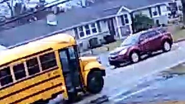 Can you help police ID the driver who failed to stop for a school bus?