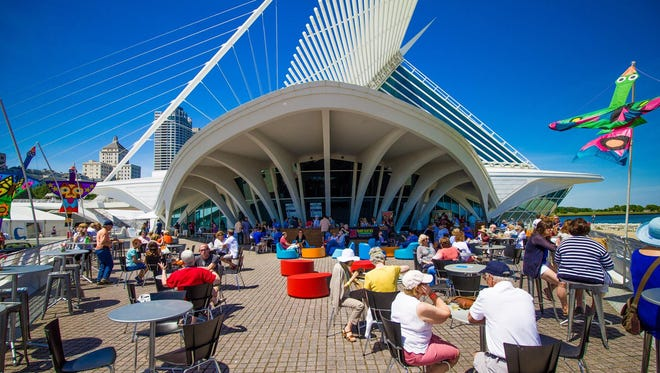 The Lakefront Festival of Art returns to the grounds of the Milwaukee Art Museum, June 16-18
