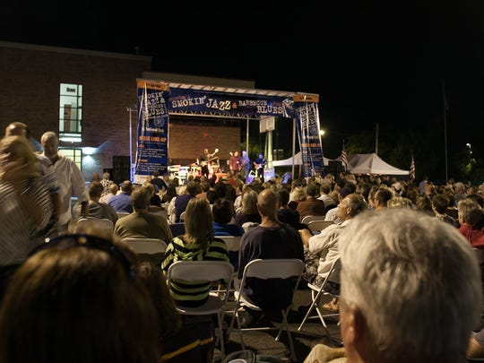 A huge Saturday night crowd watches Mike Morgan and