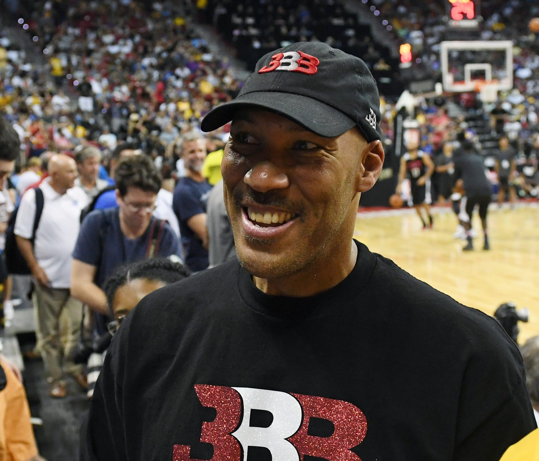 LaVar Ball's conflict with a female ref during an AAU tournament forced the referee group to cut ties with Adidas.