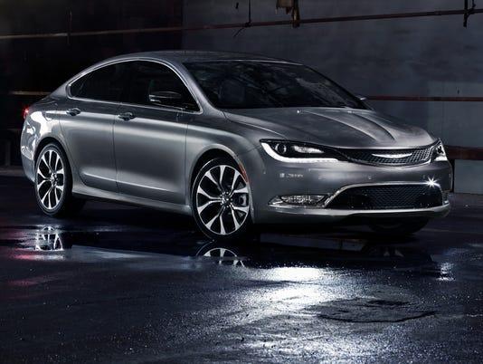 New Chrysler 200 hails icons of American design