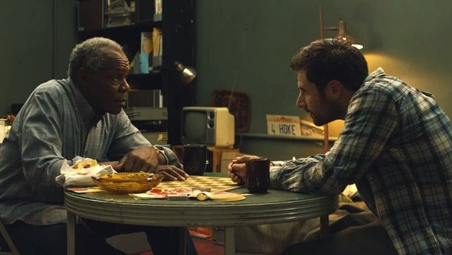 Danny Glover and James Roday in Pushing Dead (2016).