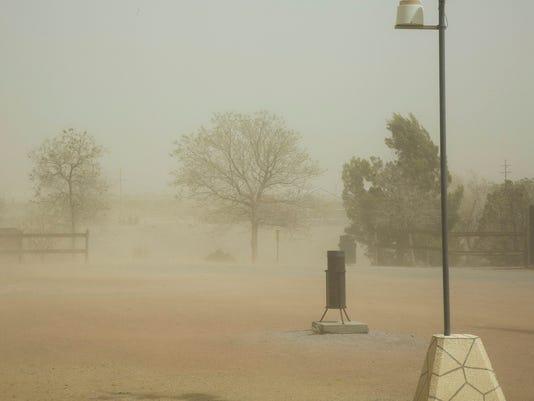 Dust storm 2.jpg