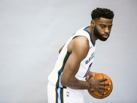 Tyreke Evans poses for a picture during the Grizzlies'