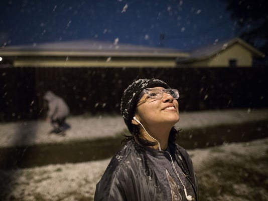 corpus-christi-snow-120817