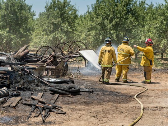 Tulare County Fire responds to a grass fire that threatened