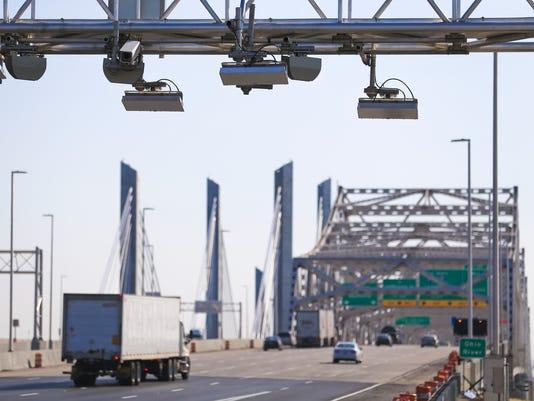 636148178356049293-BridgeTransponder-7.jpg