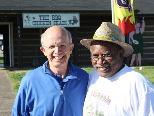 Bill Taylor and George Smith of the Breakfast Rotary
