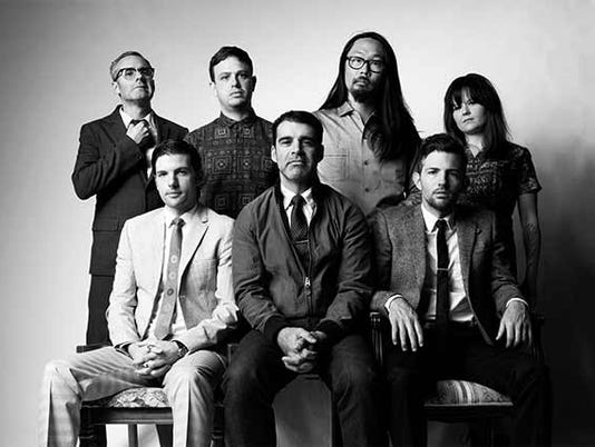 636223247840084933-The-Avett-Brothers.jpg